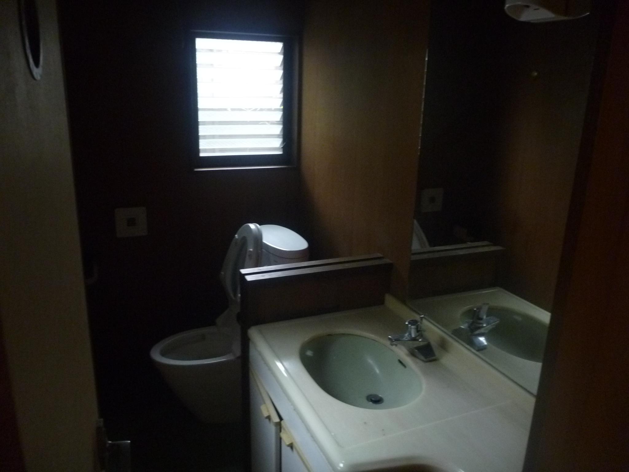 WC更新、オリジナル手洗い。