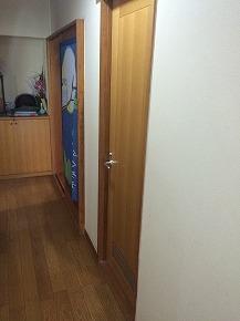 洗面脱衣室のドアを引戸へ更新