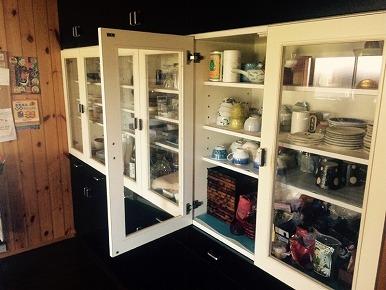 食器棚のリペア